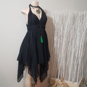 GUESS STYLISH JAGGED LAYER & CROCHET HALTER DRESS!